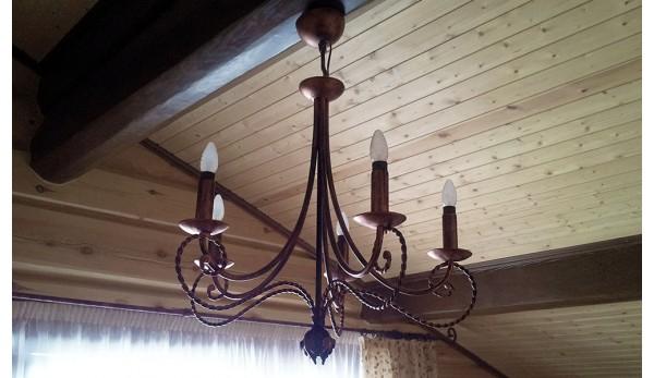 Кованая люстра под старину с электросвечами