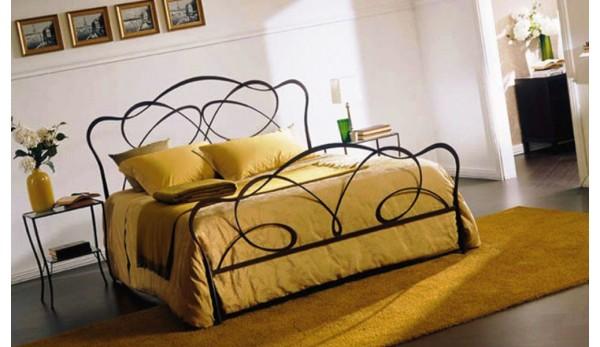Кованая кровать №8 в стиле модерн