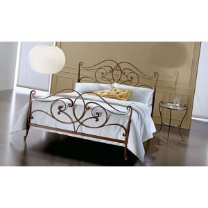 Кровать №18