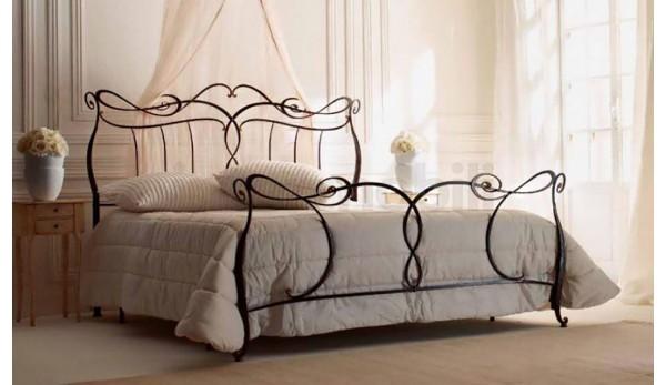 Кровать №37