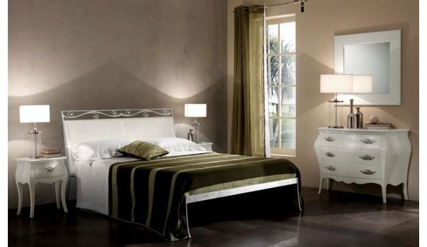 Кованая кровать для спальни.